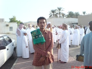 Gue lagi.. dengan latar belakang Arab (orangnya...)